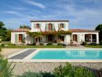 Bastide de Bonheur, sleeps 10 15x5m heated pool