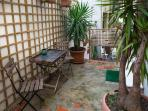 Lovely Apartment in Graça with Private Patio