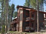 Alpine Escape - Beautiful 4 bedroom with 2 Master Suites!