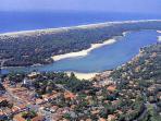 lac marin et ses plages surveillées moins de 150 m de la villa
