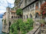Eremo di Santa Caterina del Sasso-Saint Caterina old convent
