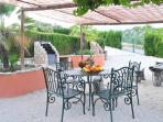 Guests can enjoy a large barbecue area at Cortijo La Presa
