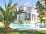 Mavi Villa external picture. Nice pool and garden
