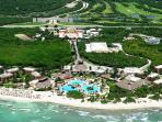 Gran Bahia Principe resorts and Riviera Maya golf course are just 3 km away.