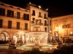 ubicazione del b&b l'incanto centro storico nella piazza principale della caratteristica cittadina.