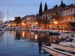 Discover little fishing villages on the island like Stomorska