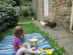 super feeling entre Lydia (irlandaise) et les poules
