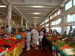 Fresh fruit & vegetables Forville market is 3 mins walk from the studio