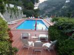02 Violetta shared pool area