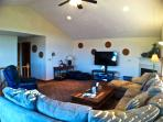 Family room (up)