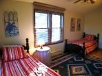 Bedroom (up)
