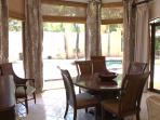 Dining room seat 4-6 persons