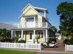 The Crystal Beach House - Your Home Away from Home