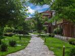 Garden of eden walkways