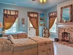 This home comfortably sleeps large groups for retreats or weddings.