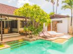 Villa Staman Asri quiet v near beach shops restos