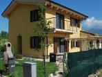 The villa exterior (apartment on 1st floor)