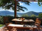 Selfcatering holiday cottage Cedro for holiday with water sports at lake in Italy  near Rome