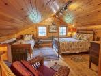 Upstairs sleeping area (1) double (1) twin