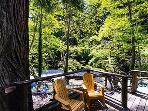 Sequoiatude, Sunny outdoor decks