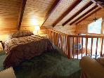 Sequoiatude, Loft Bedroom