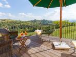 Die Terrasse im Pizza Casa mit Panoramaausblick