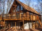 Lake Harmony Chalet: the perfect escape for your family and friends!