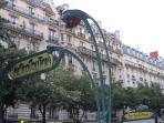 Rue Saint Maur Metro Station