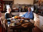 petit déjeuner chez vos hôtes