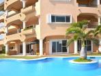 Quinta Del Sol Pools