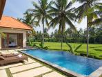9.5×3m private pool with sundeck
