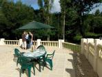 Barbecue and al fresco dining on the patio