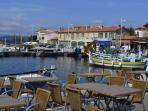 port de pêcheurs du Brusc à 10 minutes à peine