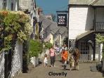 Less than 15 mins away from Hartland is the pretty village of Clovelly