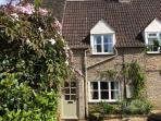 Cotswolds. Malthouse Cottage. Romantic & peaceful