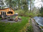 Lazy Bears Creekside Cabin backyard along Big Creek