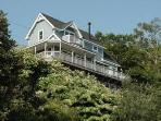 Bayside Sunshine Cottage with Water Views Sleeps 6