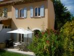 Discover Provence. Mas Neuf  Luxury 2 Bed Villa