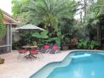 FRANCE HOUSE,3b/3b,Pool,Near Beach, Walk to Dining