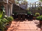 H(4): terrace