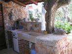 A1 crveni(3): summer kitchen