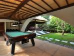 Indah Manis - Snooker table