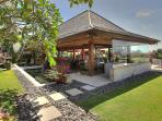 Indah Manis - Airconditioned living and dining space