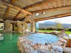 Heated Pool 30 C° and hot jacuzzi tub 34 C°.
