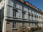 Building from the 1920s in a quiet side street, close to the Rhine River