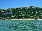 beach acomadation HALONG BAY IBIZA CRUISE LEADING HALONG BAY CRUISE