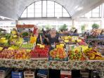La Spezia market each morning