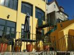 Casa da Fonte - Apartments in Sintra _ Acceses to garden and terrace