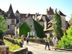 Vue depuis le gîte sur le village de Carennac et le château