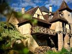 Façade du gîte côté rivière Dordogne